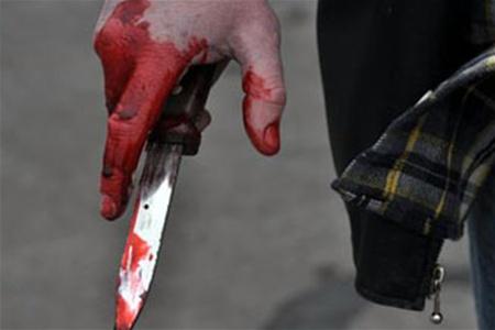 девочка с ножом