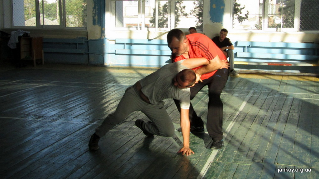 4-2 Занятия по рукопашному бою_Джанкой