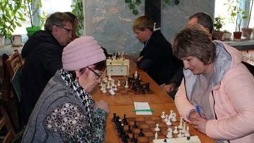 шахматы-001
